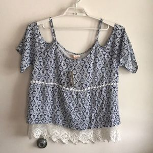 Skies are Blue for Stitchfix size large blouse NWT